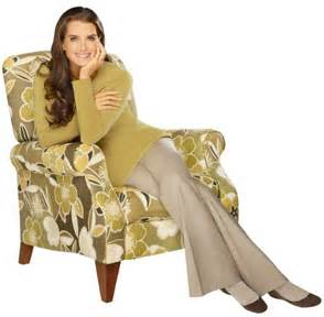 "Brooke Shields on a ""La-Z-Boy"""