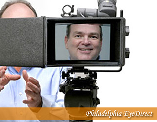 EyeDirect - man on screen - Philadelphia