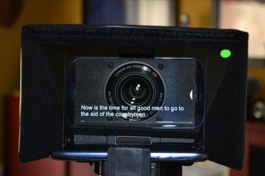 Listec iPad teleprompter in use