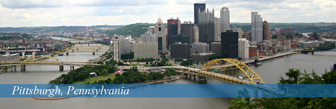 Pittsburgh, Pennsylvania view of bridge and city