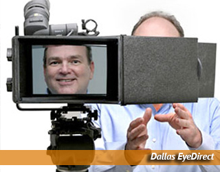 EyeDirect unit - man on screen - Dallas