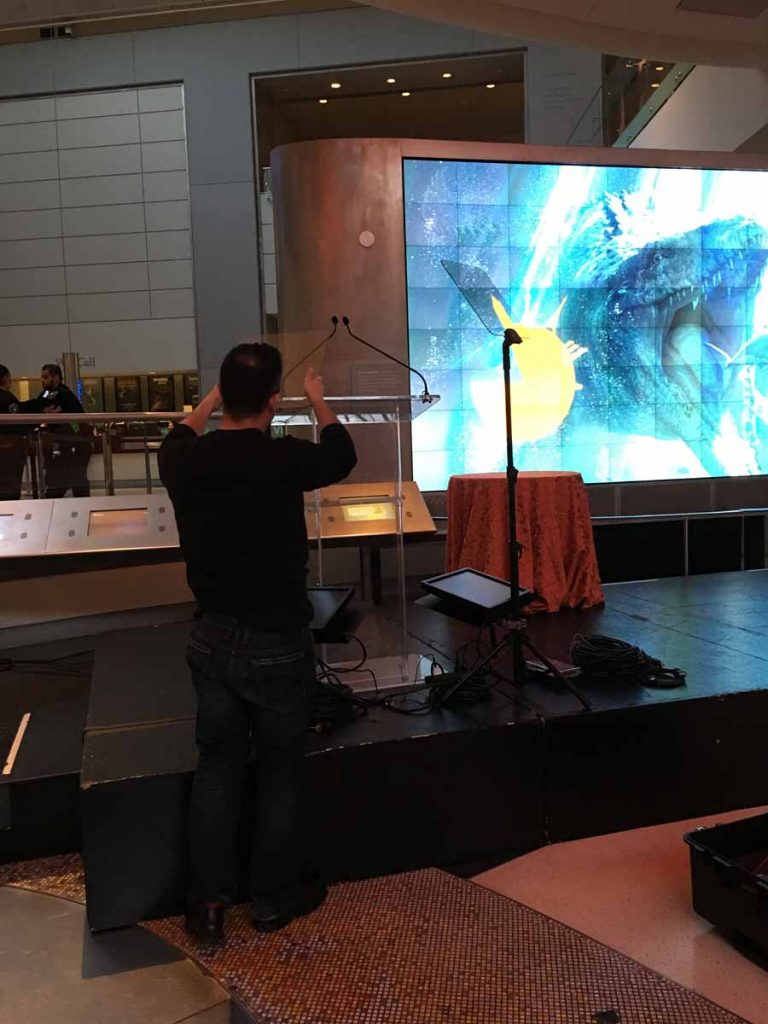 Michael Gonzalez sets up Presidential Teleprompter