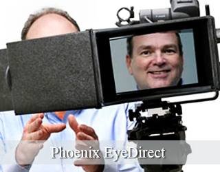 EyeDirect - man on screen and beside it - Phoenix